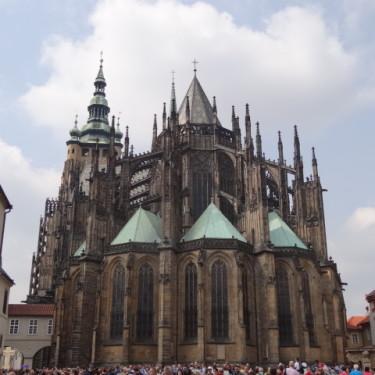 zarządzanie projektem zmiany - katedra w Pradze